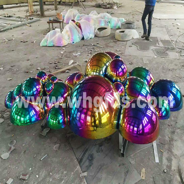 不锈钢镀钛泡泡雕塑
